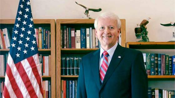 Dr Gerard Lameiro