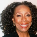 Dr Lyn Hughes