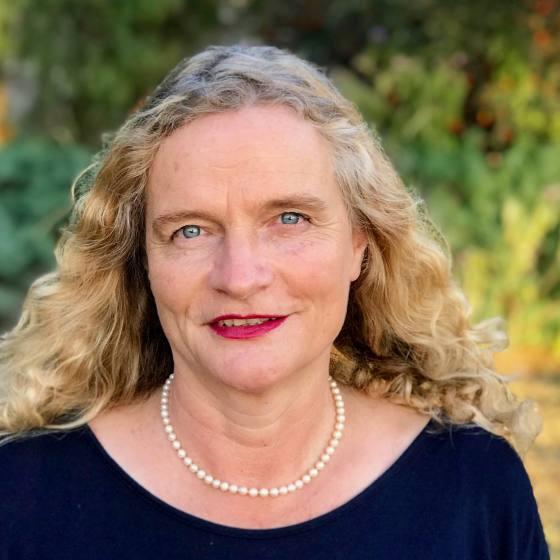 Author  Johanna Derbolowsky