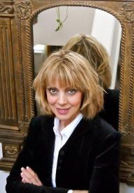 Lisa Barretta, Artist, Psychic Reader, Reiki Practitioner and Author