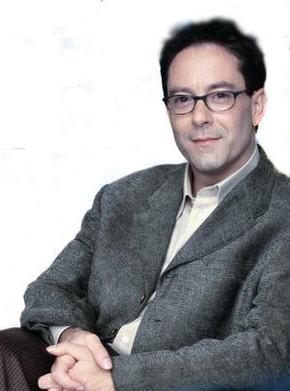 Dr. Michael Lennox, Expert Dream Interpreter, Psychology Doctor, Media Expert and Speaker