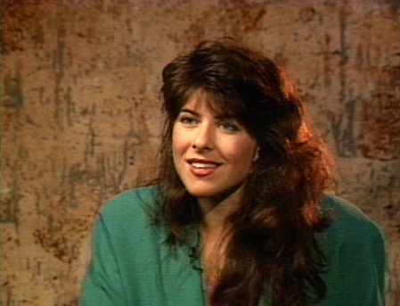 Naomi Wolf, Author, Social Critic, Political Activist, Journalist, Researcher, Writer, Blogger and Consultant