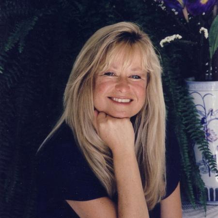 Pamala Oslie, Psychic, Radio Host, Author, Lecturer and Aura Reader