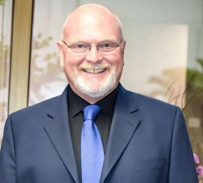 Dr David James