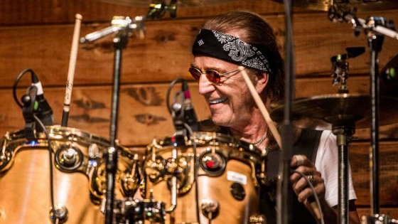'FOGHAT' Legend Roger Earl is the special guest on The Ray Shasho Show
