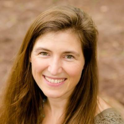 Dr Catherine Crosland