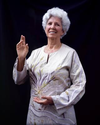 S Suzanne Grandon