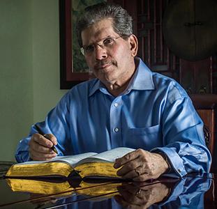 Dr Ivan Figueroa Otero