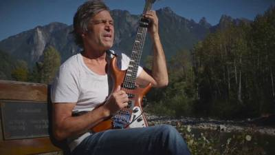Rock and Roll Hall of Famer Roger Fisher on The Ray Shasho Show