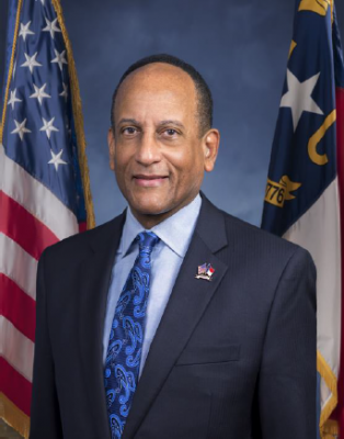 Secretary Larry D. Hall of North Carolina Dept of Military & Veterans Affairs