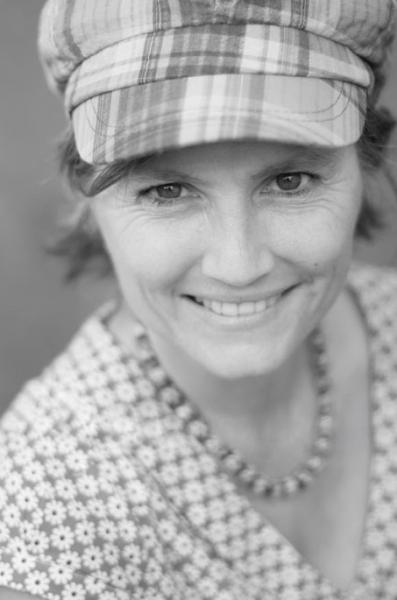 Dr Caroline Wheeler