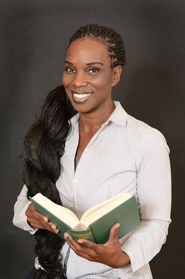 Dr Rachael Leah