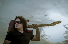 UFO Guitarist Vinnie Moore on The Ray Shasho Show