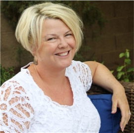 Author Lynne Cockrum-Murphy