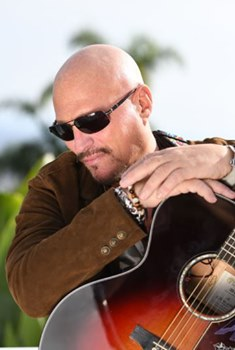 Scott Howard, SingerSongwriter with his latest album Ascended Man